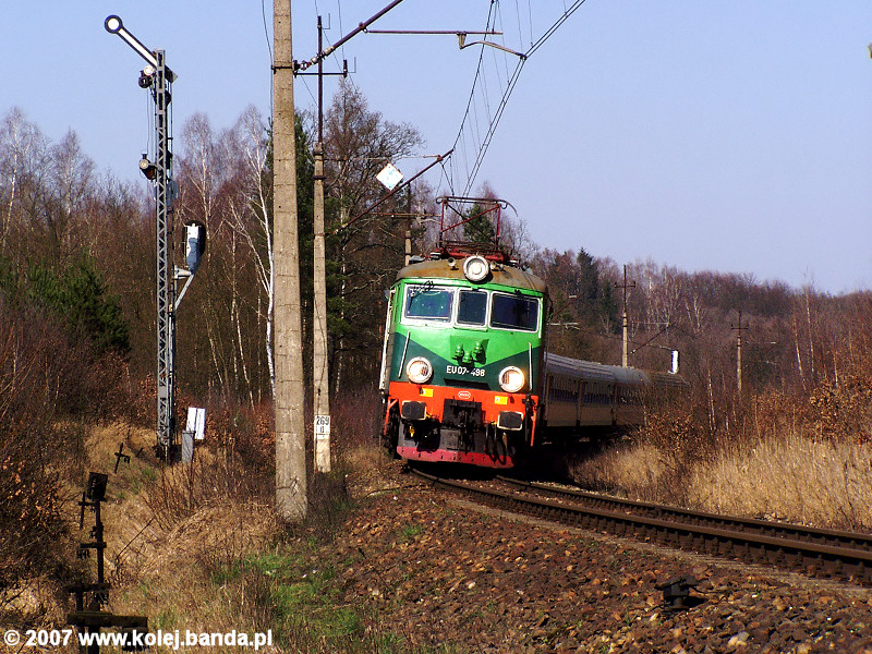 EU07-498