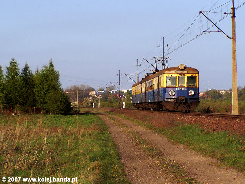 EN57-1286