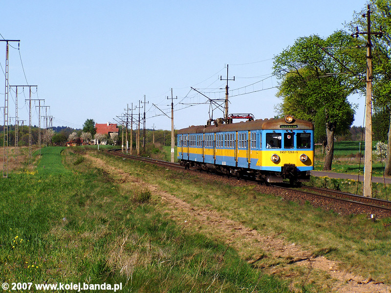EN57-1266