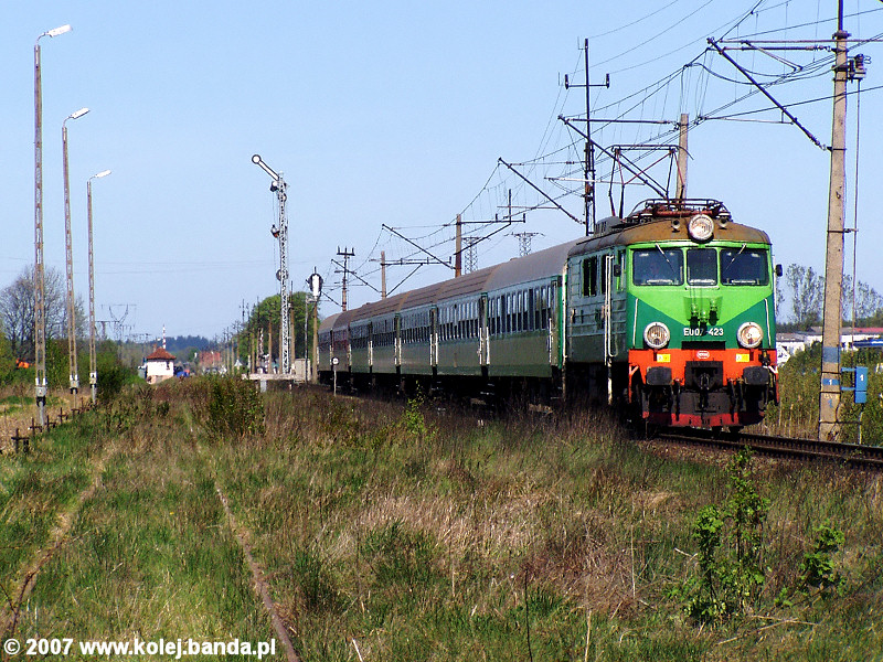 EU07-423