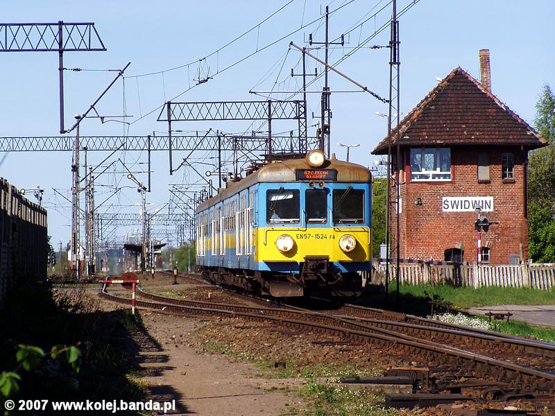 EN57-1524