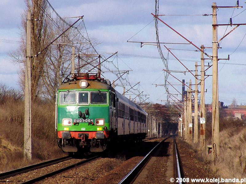 EU07-064