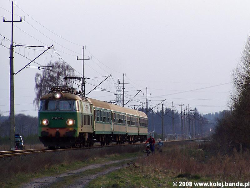ET22-1074