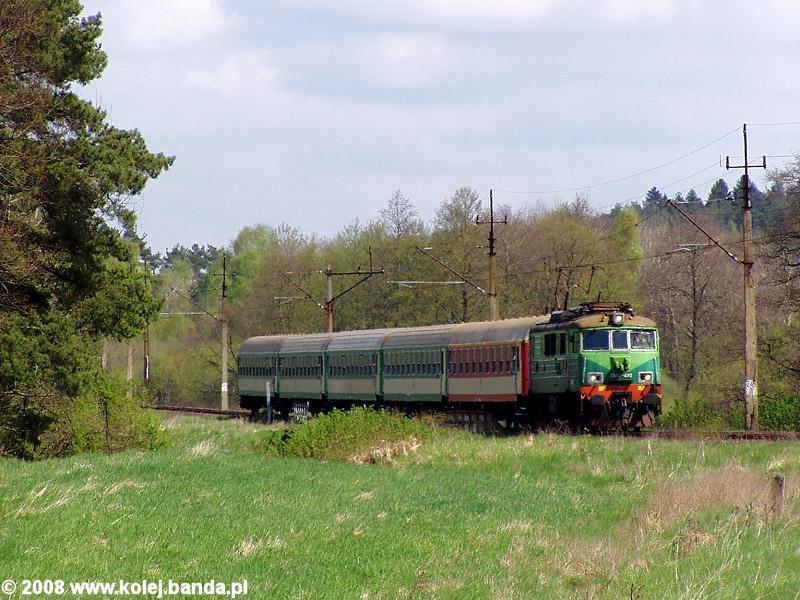 EU07-490