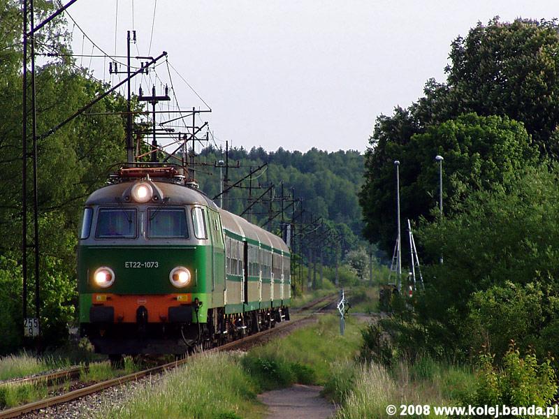 ET22-1073