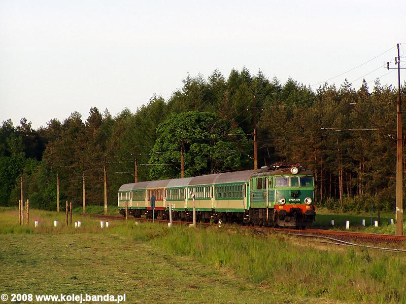 EP07-372