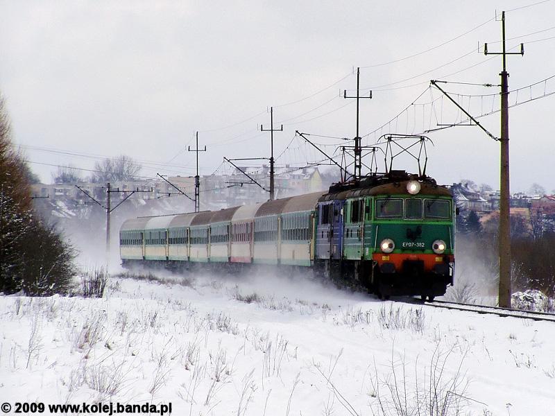 EP07-382