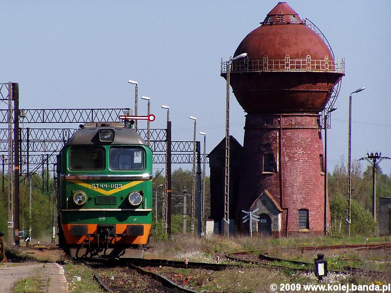 ST44-1103