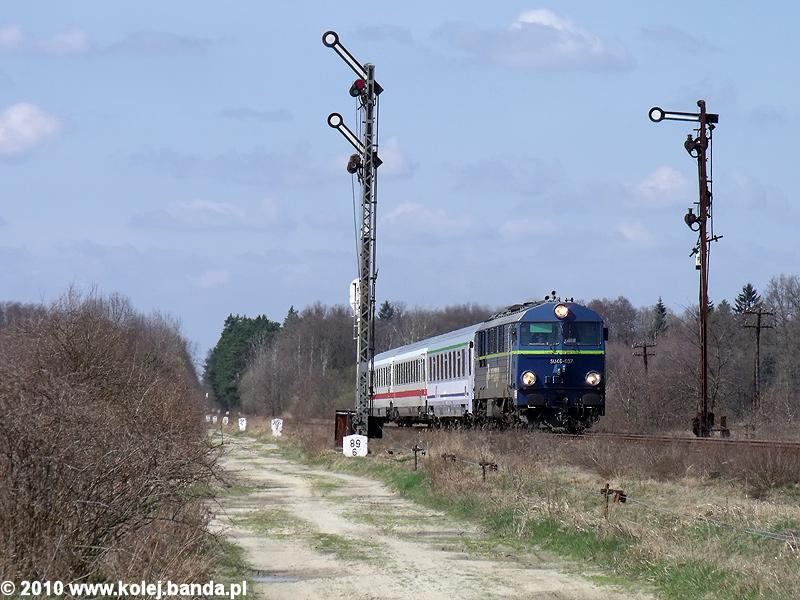 SU46-037