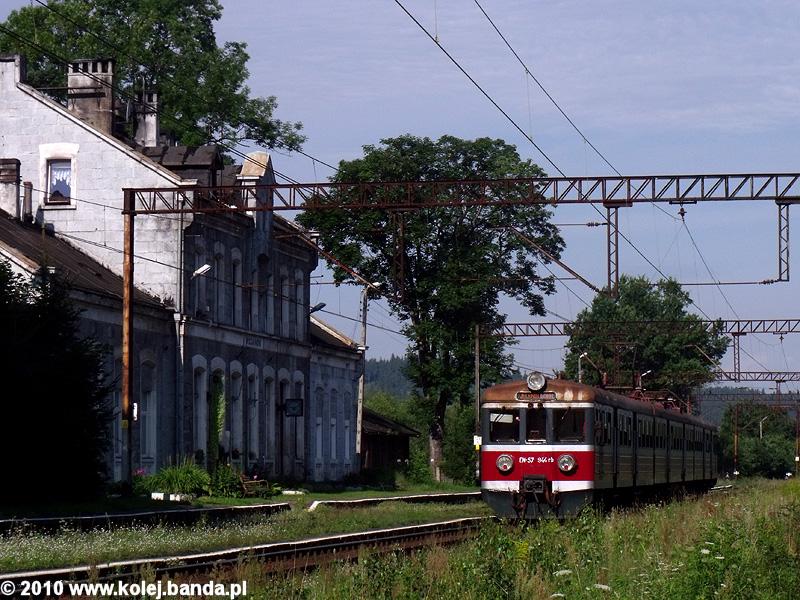 EN57-944