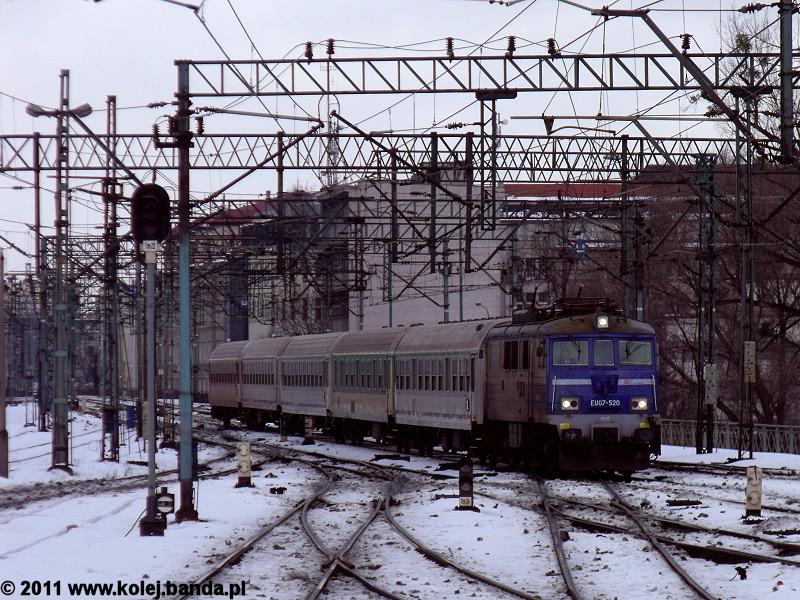 EU07-520