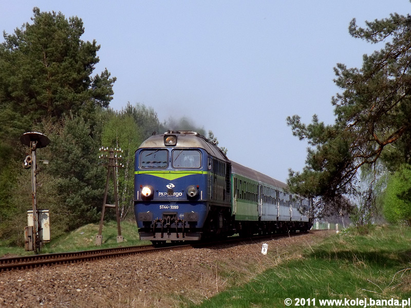 ST44-1099
