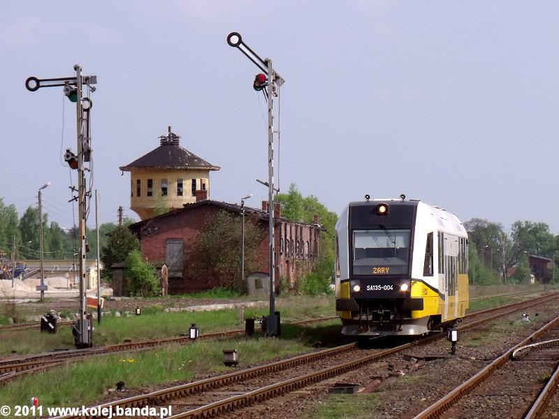 SA135-004