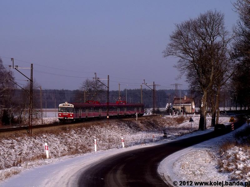 ED72-016