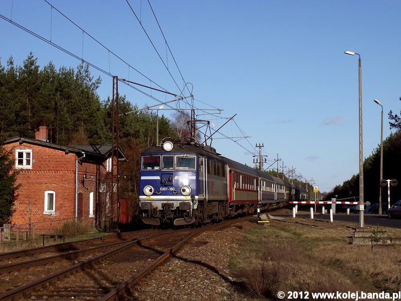EU07-180