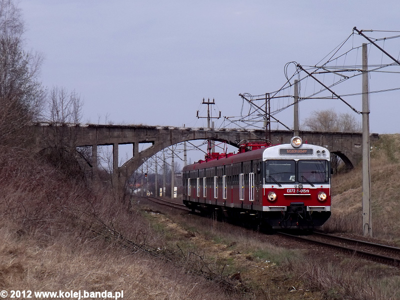 ED72-015