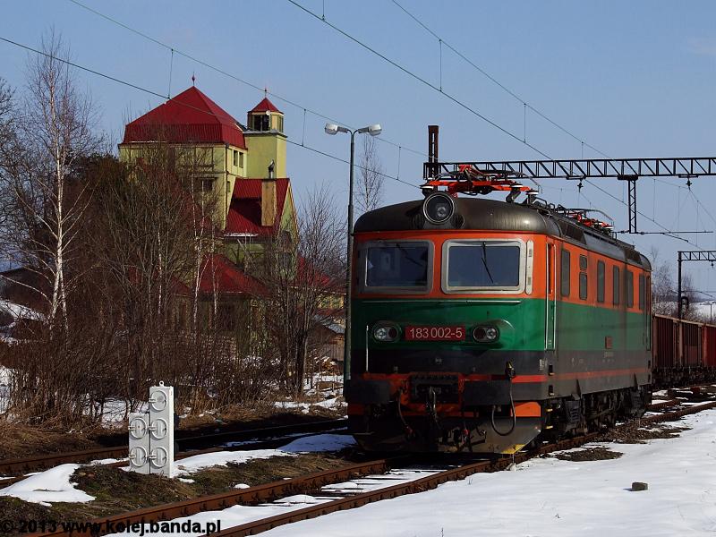 183 002-5