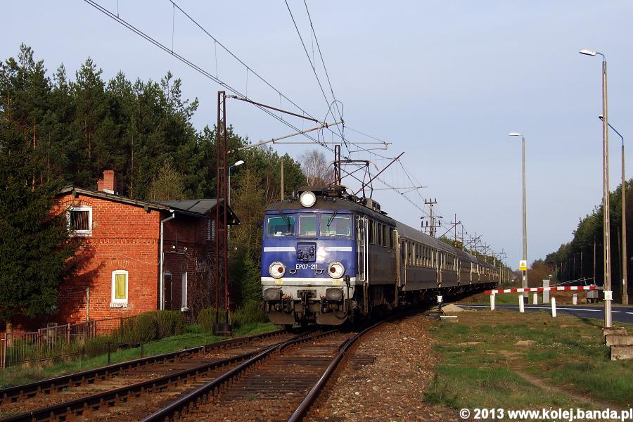 EP07-211