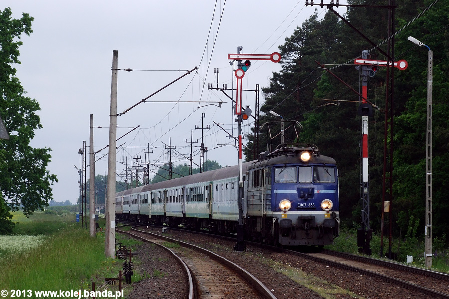 EU07-353