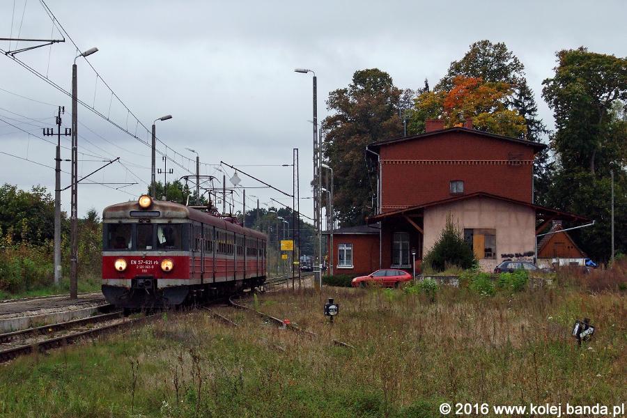 EN57-621