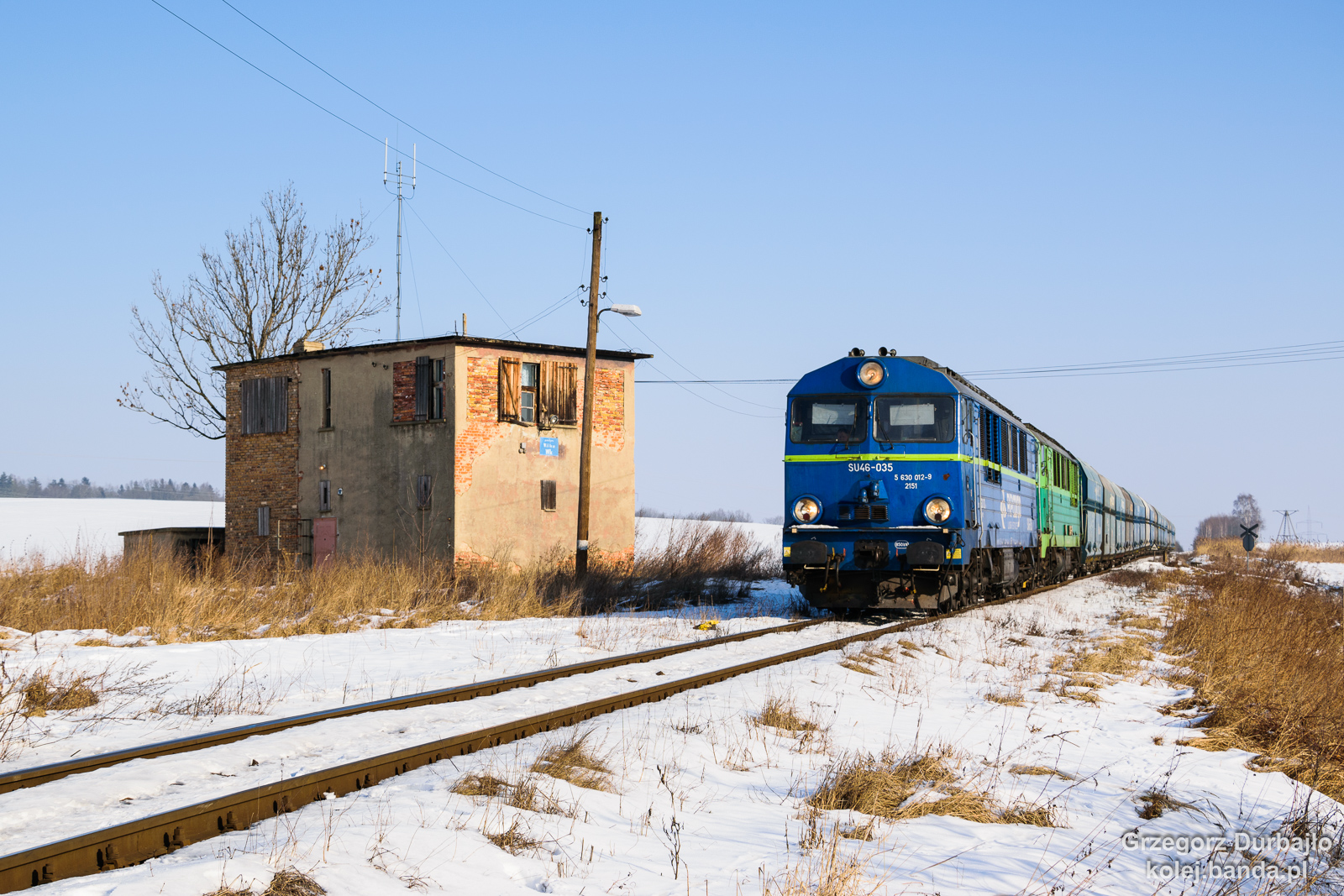 SU46-035
