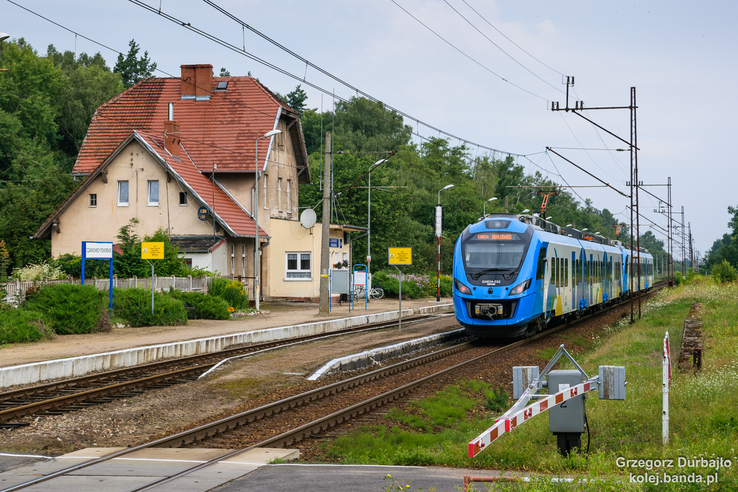 EN63A-032