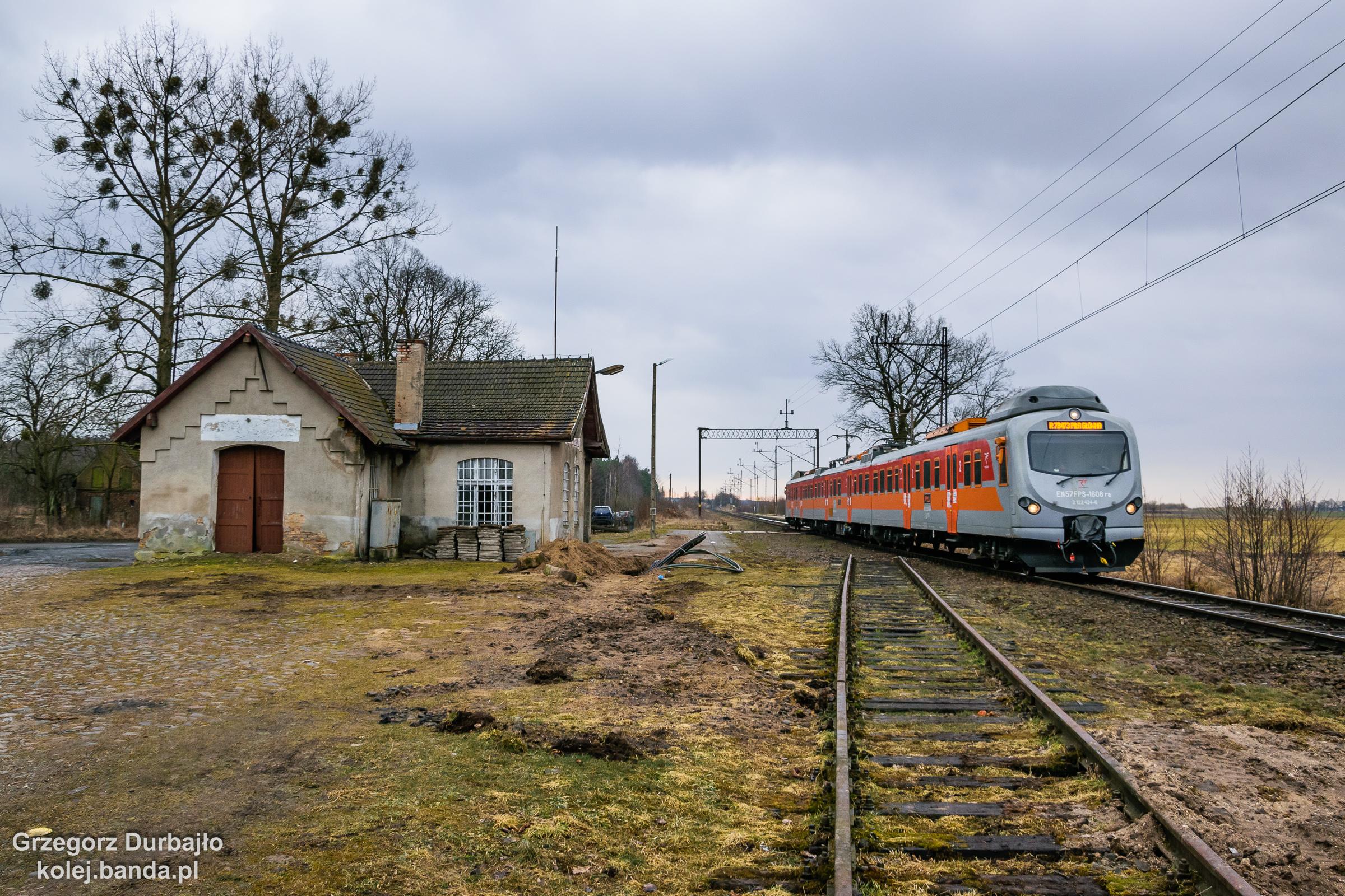 EN57FPS-1608