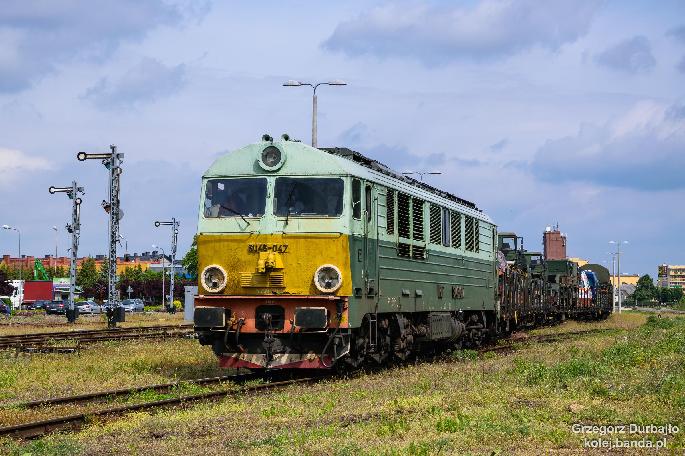SU46-047