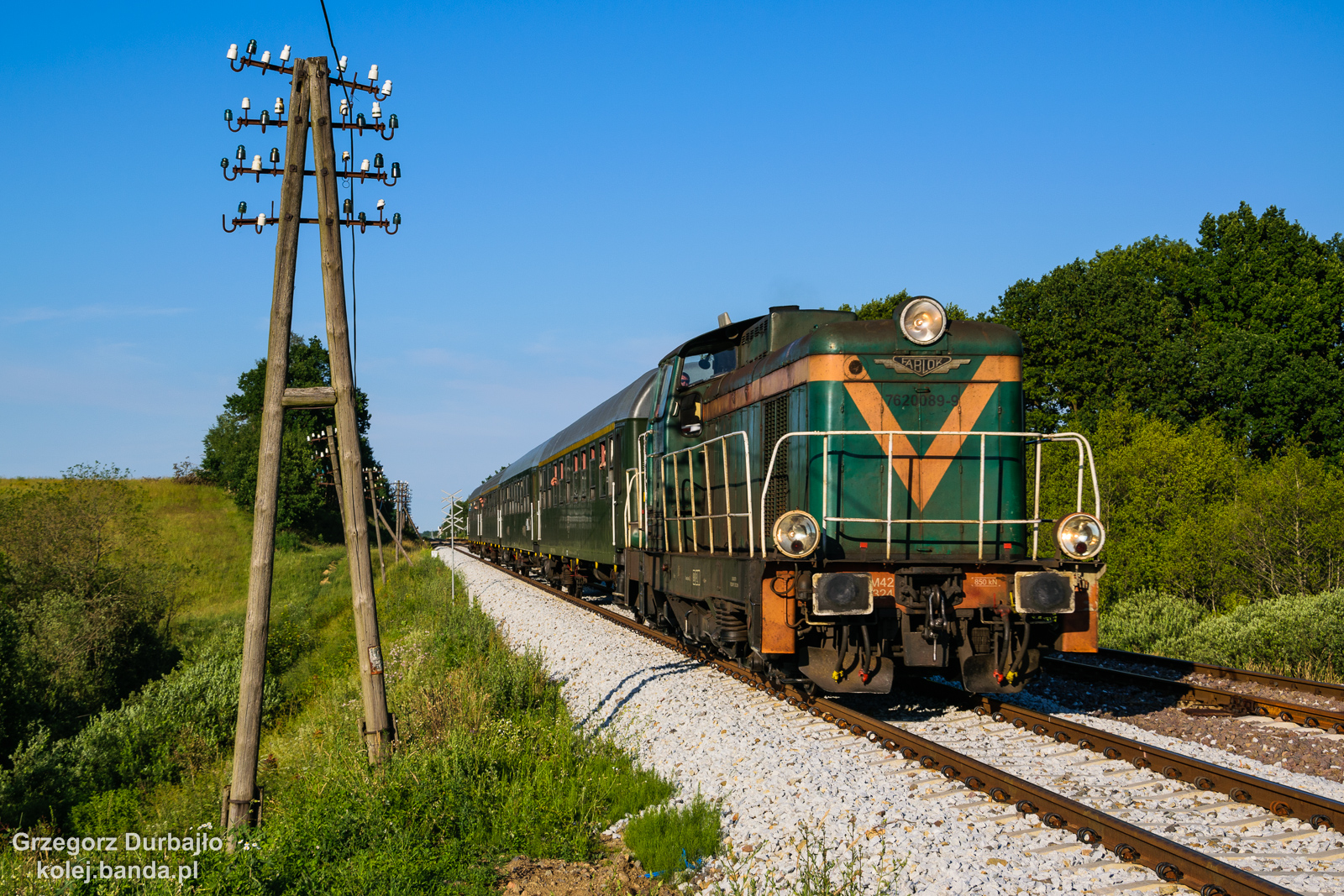 SM42-2324