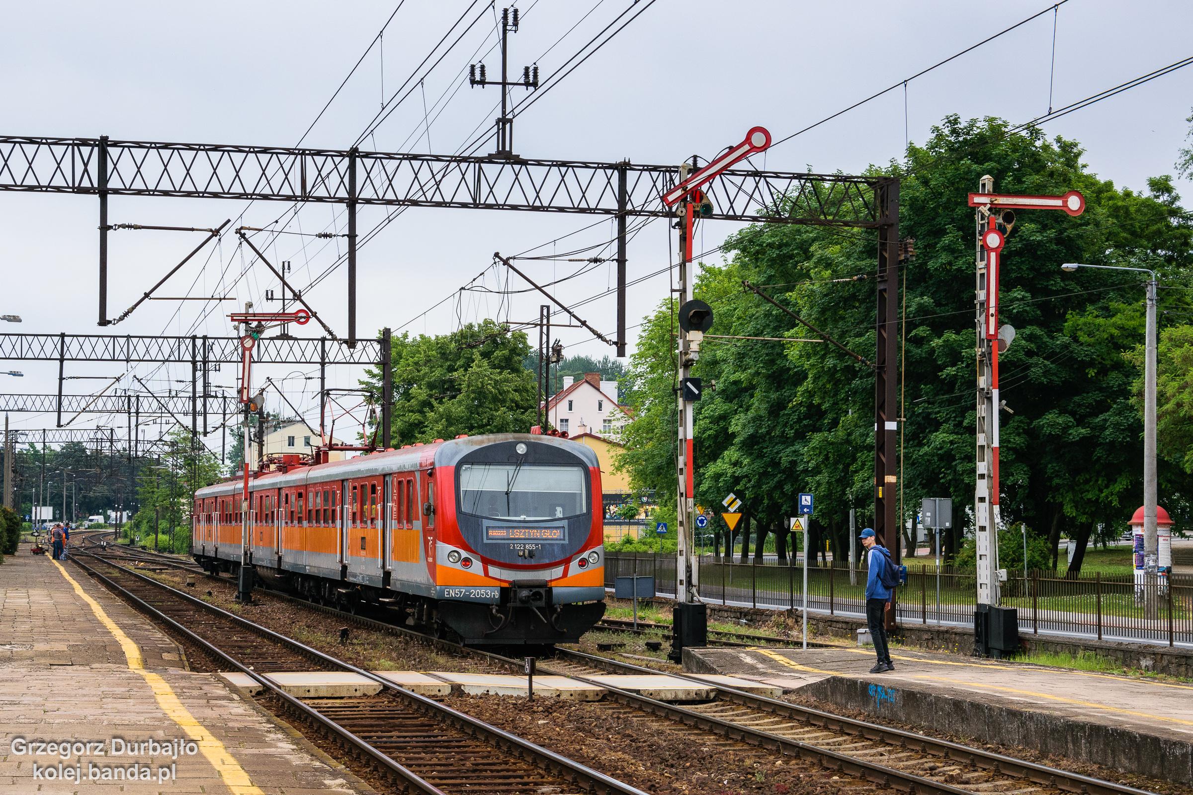 EN57-2053